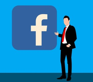 Come scaricare le informazioni sul proprio account Facebook in un file
