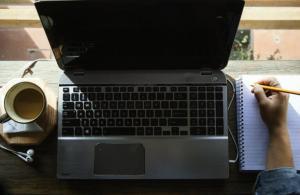 Falla di Chrome espone a rischio virus le vecchie versioni di Windows 7 e 10
