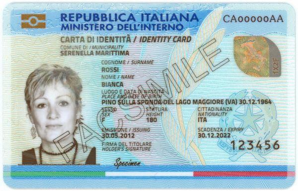 Carta d'identità elettronica: cos'è, come richiederla e cosa farci (Guide, Assistenza Tecnica, Capire PEC e firma digitale)