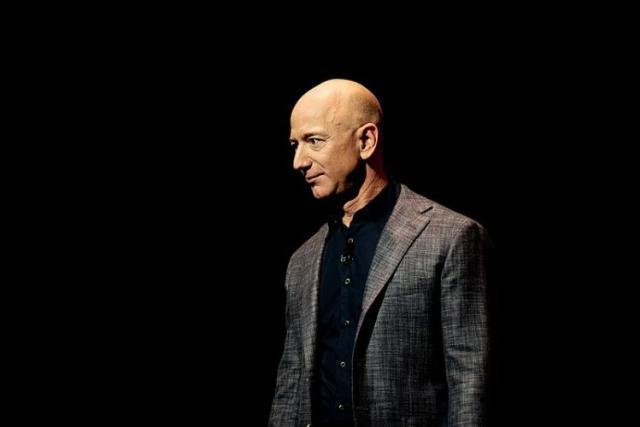Jeff Bezos: Amazon e ricchezza (News, Pensare, Zona Marketing)