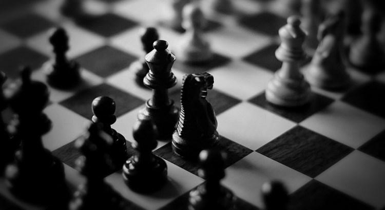 Alpha Zero learns chess in 4 hoursbeats Stockfish