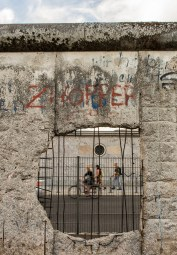 """A hole in the Berlin Wall, as part of an open air exhibit at the """"Topographie des Terrors""""."""