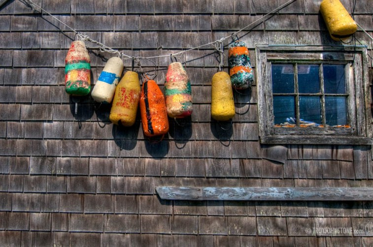 Peggys_Cove_fishing_shed_bouy_TWJ