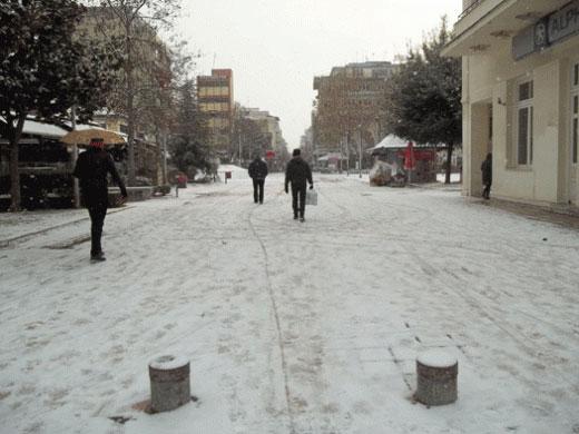 karditsa_snow-w