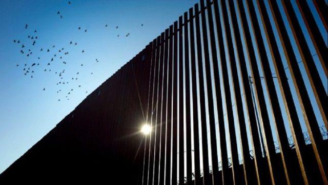 ΗΠΑ: 16 πολιτείες προσφεύγουν στη δικαιοσύνη κατά της απόφασης Τραμπ για το τείχος