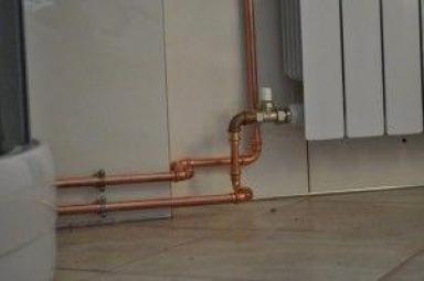 Фото: медные трубы отопления дома