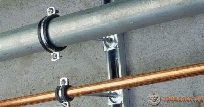 Фото: Хомутики для монтажа трубопроводов