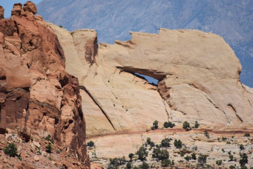 The Burr Trail Scenic Backway - Peakaboo Arch - Truck Camper Advenure