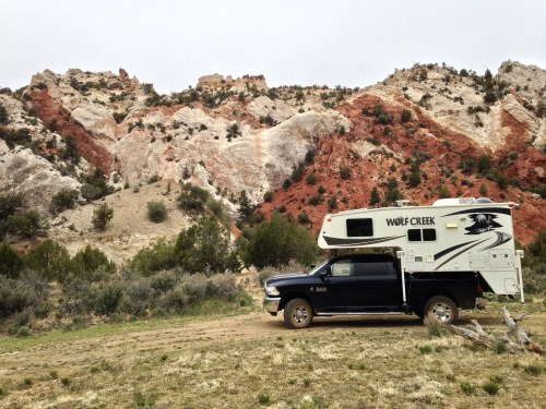 Cottonwood Canyon 4x4 Road - Truck Camper Adventure