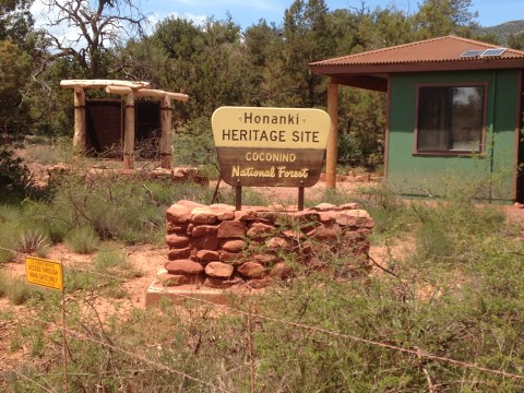 Honanki Heritage Site - Coconino National Forest