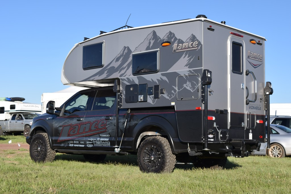 The Top 7 Truck Campers From The 2016 Overland Expo