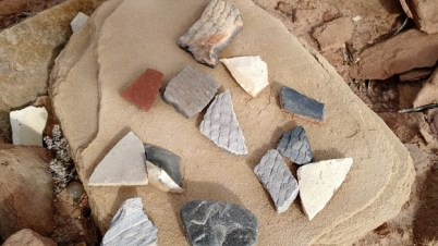 homolovi-i-more-clay-pieces