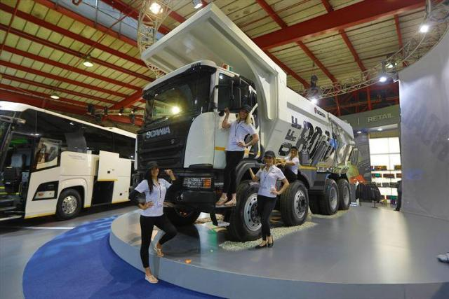 Scania truck with models