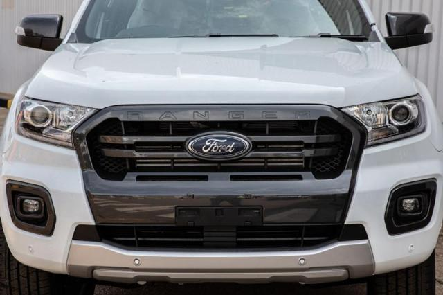 New Ford ranger front.