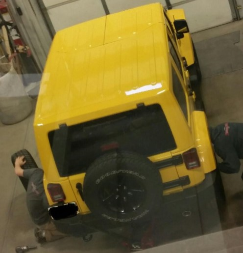 Installing new wheels & tires on a 2015 Jeep Wrangler Unlimited
