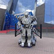 La tecnología también está presente en Futuroscope con este impresionante robot.