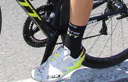 Grasa en zapatillas deportivas