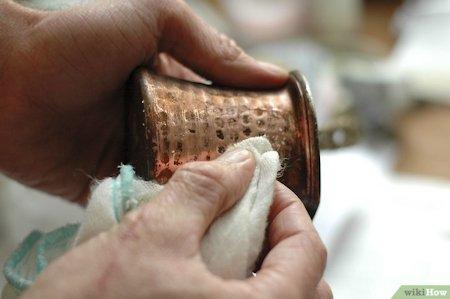 Manchas en objetos de cobre
