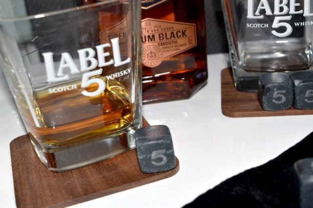 Label 5 Premium Black