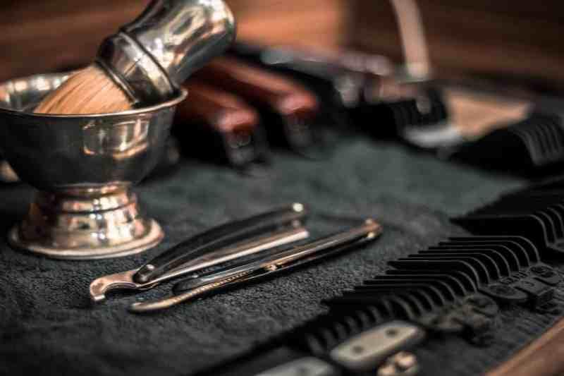 rasage à l'ancienne : des accessoires élégants