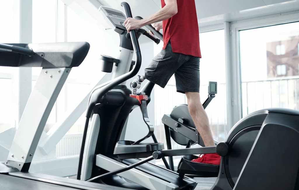 Comment utiliser un vélo elliptique pour perdre du poids