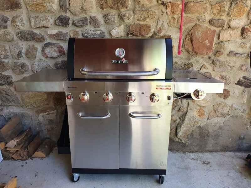 Test & avis du Barbecue Char-Broil Professional Pro S4