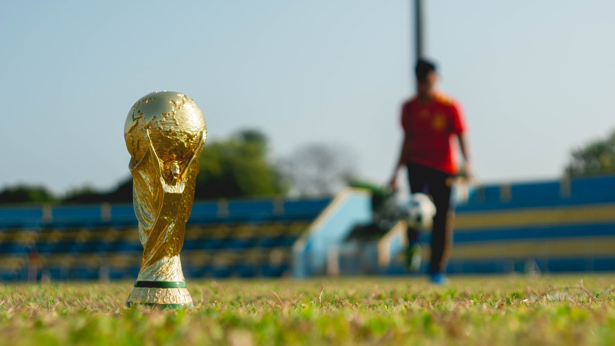 Get Flash Facts about the 2018 World Cup in Truecaller!