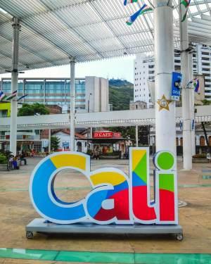 Plazaleta Jairo Varela Cali