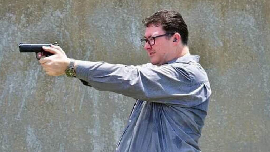 HOLD ON TO YOUR PONYTAILS! Anti-gay LNP MP George Christensen & his