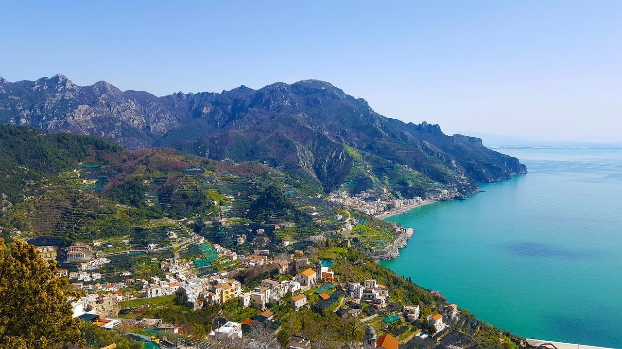 Um Passeio pela Costa Amalfitana