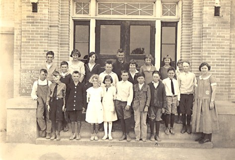 Photo of the La Feria Junior High built in 1926