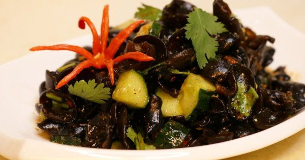 7 Amazing Health Benefits Of Black Fungus