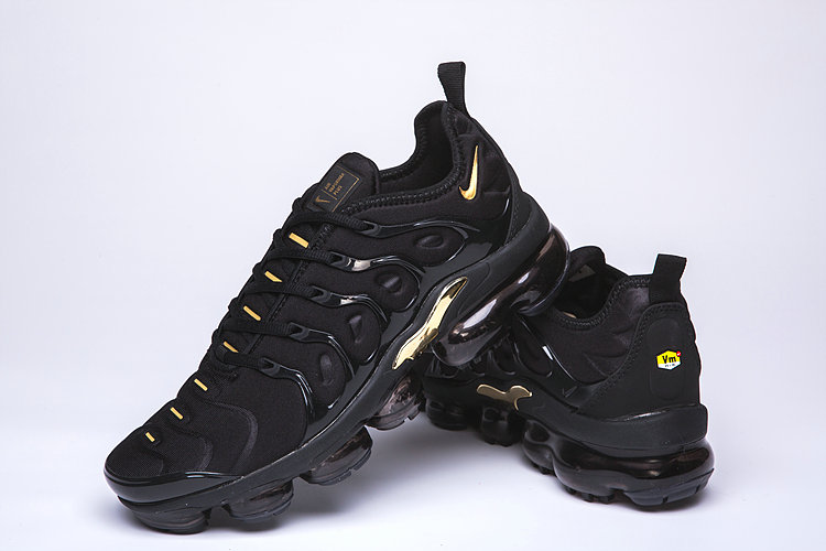 sports shoes 6950c 51b88 Nike Air VaporMax Plus Black Gold TN