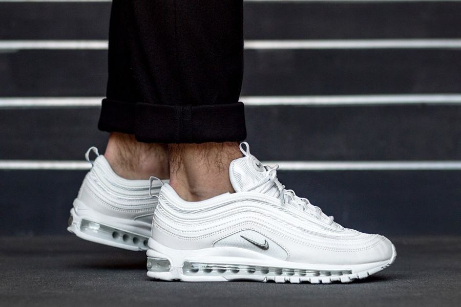 new arrival 385f5 4bf85 Nike Air VaporMax 97 Triple White| 921826-101