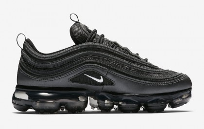 low priced 1a416 4acfb Nike Air VaporMax 97 'Black Reflect