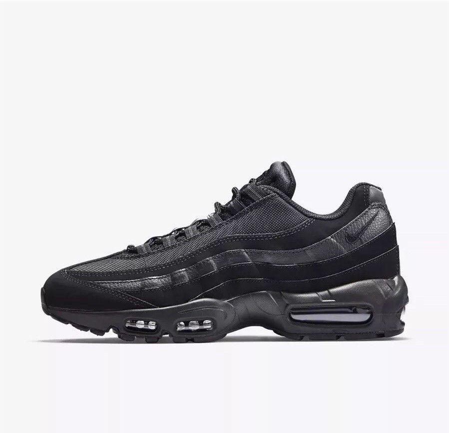 a9f53ae037e Nike Air Max 95 All Black 749766-009 - True Looks