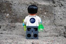 LEGO Jurassic World Dr. Wu Rear View