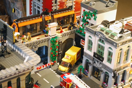 MOC LEGO Store warehouse entry.