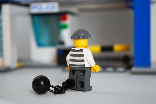 LEGO 60047 - Criminal 2 rear view