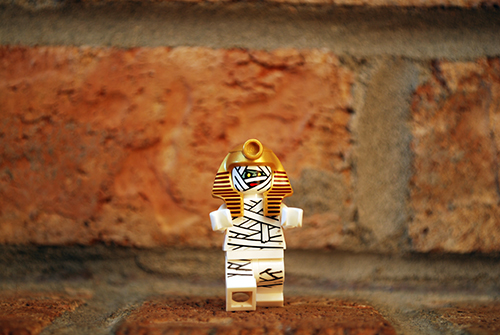 LEGO Scooby-Doo Mummy front view