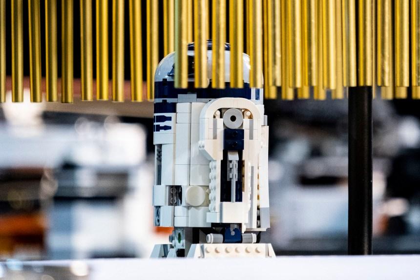 LEGO® Boost droid symphony