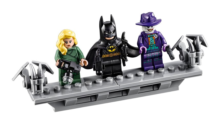 1989 Batmobile (76139) Minifigures