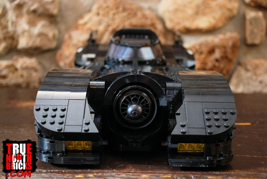 Front view of the 1989 Batmobile (76139).