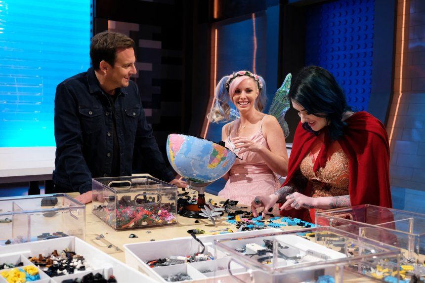 Will Arnett with Krystle and Amie.