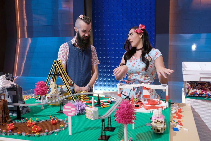 Sam and Jessica building a Dream Park.