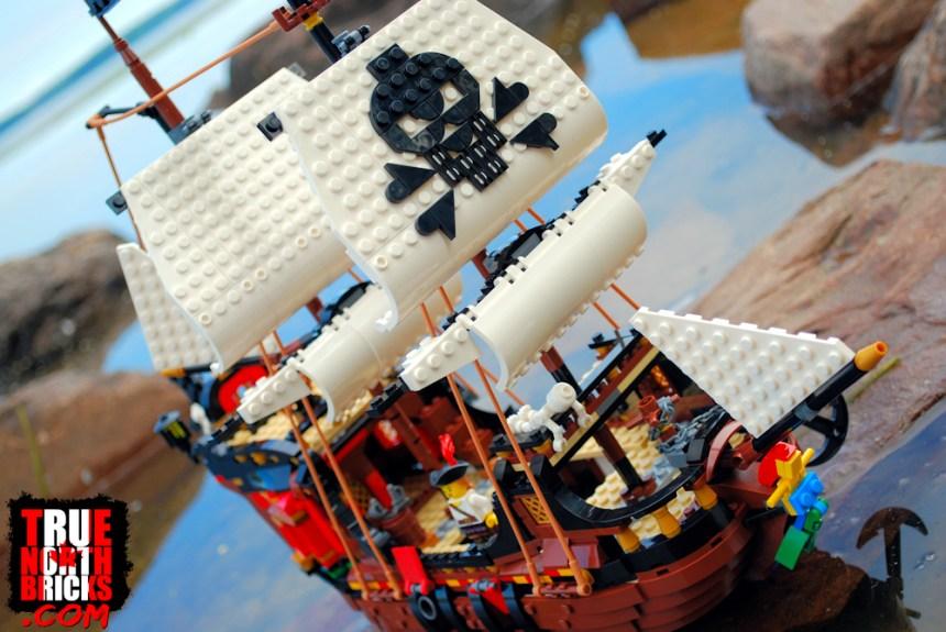 Pirate Ship (31109)