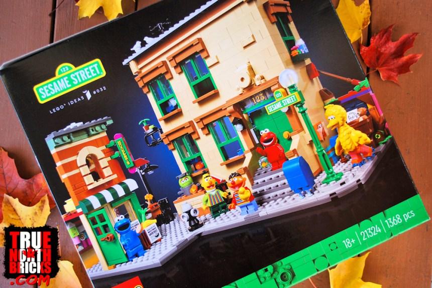 Sesame Street (21324) front box art.