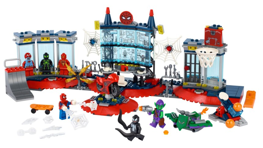 More 2021 sets from LEGO: Attack on the Spider Lair