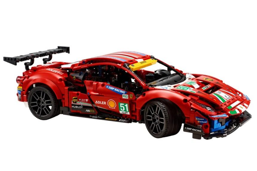 January 2021 Technic Ferrari 488