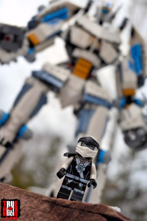 Titan Mech Battle